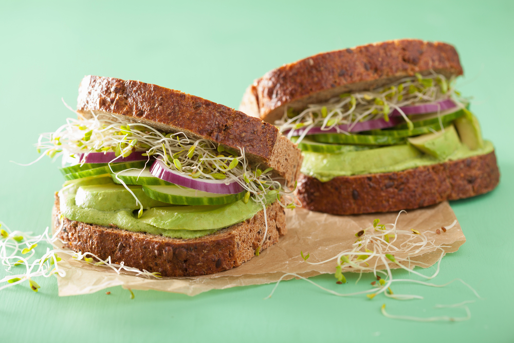 Retete rapide de sandvisuri gustoase - Creativitate in bucatarie