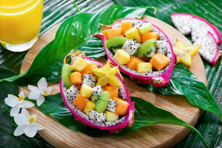 Salata cu fructe tropicale