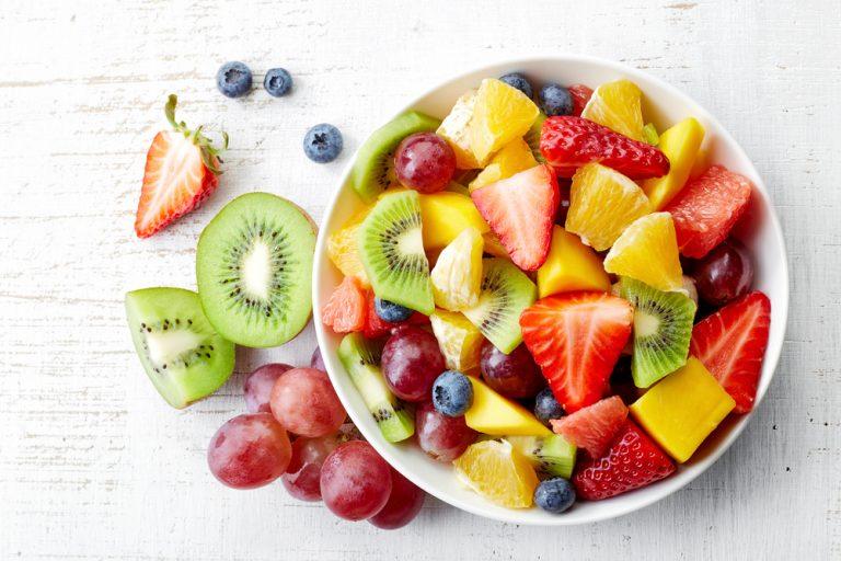 Salata de fructe cu mango