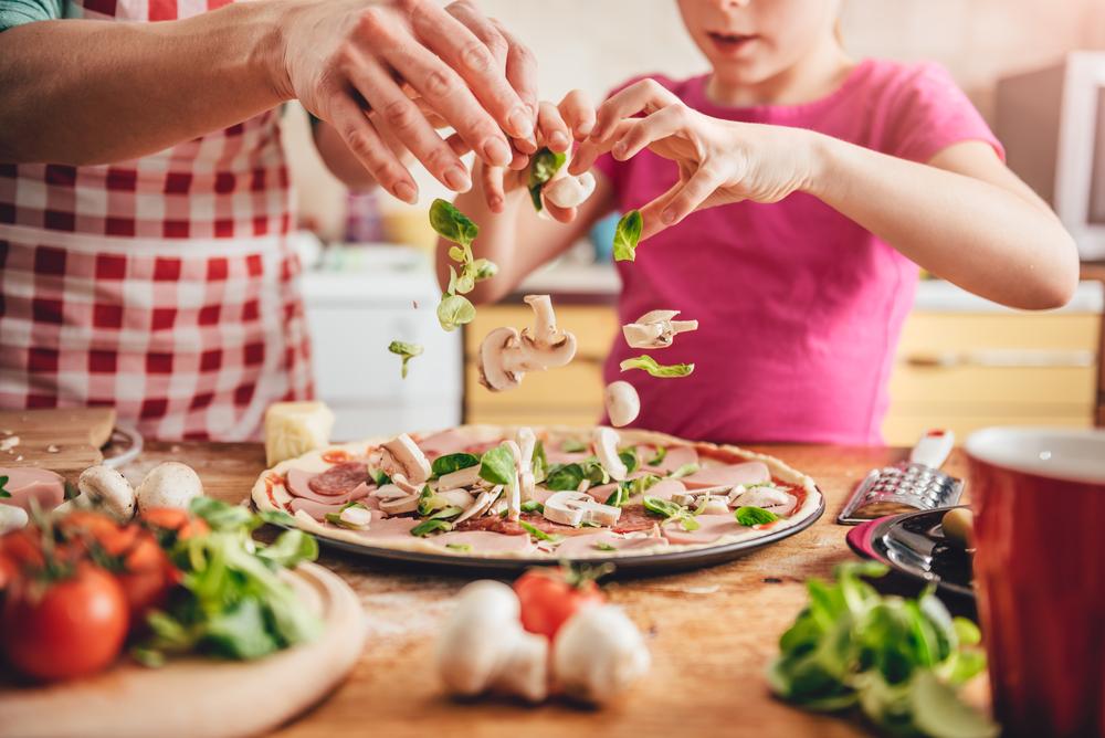 cele-mai-bune-retete-de-pizza-facuta-in-casa_565705744