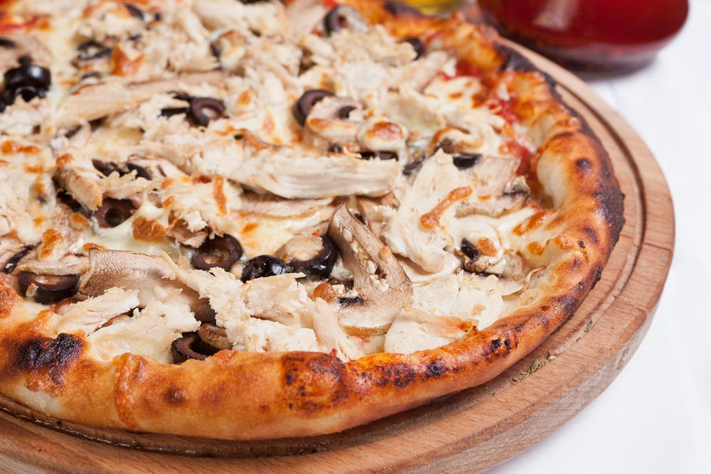 reteta-pizza-facuta-in-casa-pui-cu-ciuperci_187982930