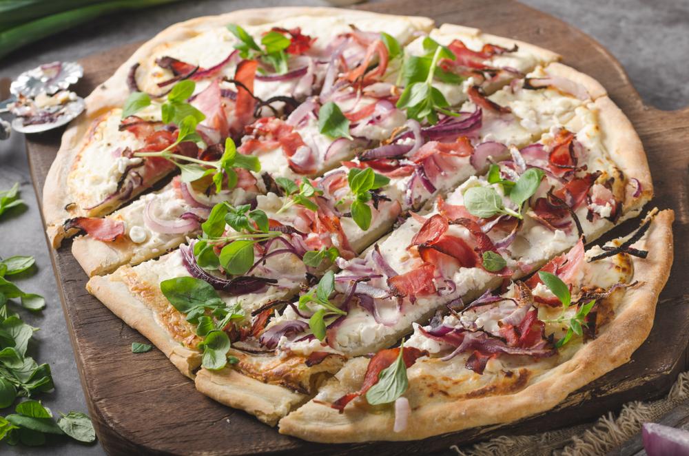 sfaturi-utile-pentru-prepararea-pizzei-in-casa_1321490933